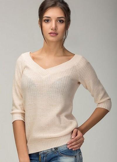 свитер с Vобразным вырезом