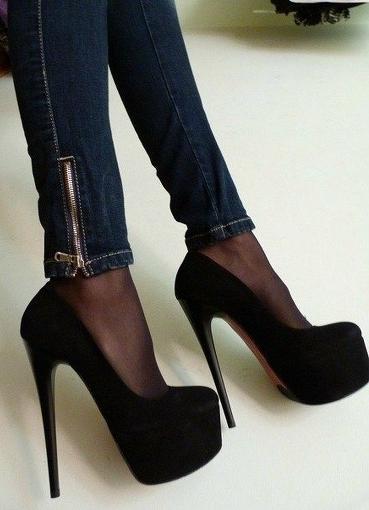 женские туфли на высоком каблуке фото