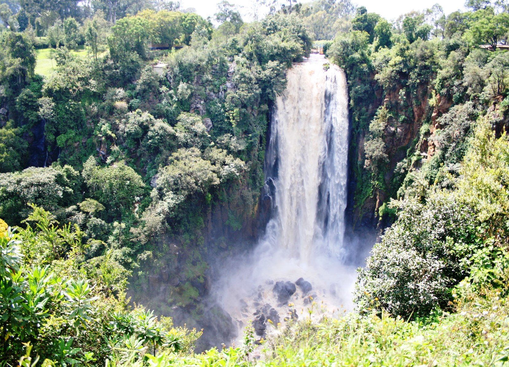 водопад Томсона Кения