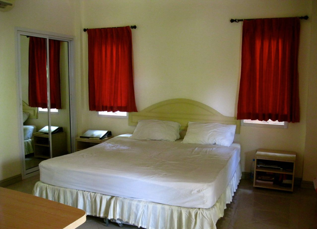 короткие шторы фото для спальни