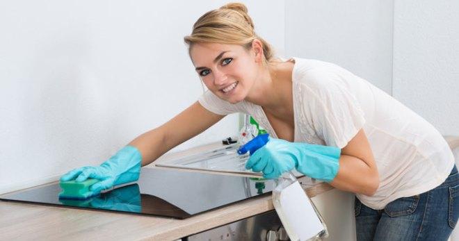 Чем чистить стеклокерамическую плиту от нагара