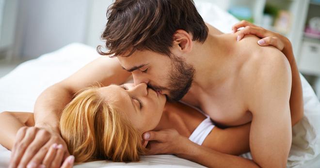 Групповой секс для девушки полезен