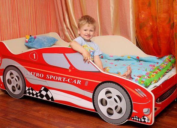 Детская кровать-машина своими руками: чертеж. Детские