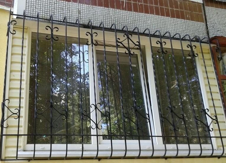 поэтому так какие решетки поставить на окна балкона фото среди всех