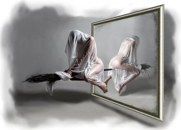 зачем завешивают зеркала когда умирает человек