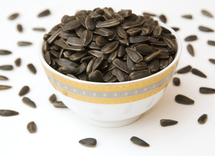 Можно ли есть семечки при похудении? Семечки подсолнечника, тыквы: польза и вред