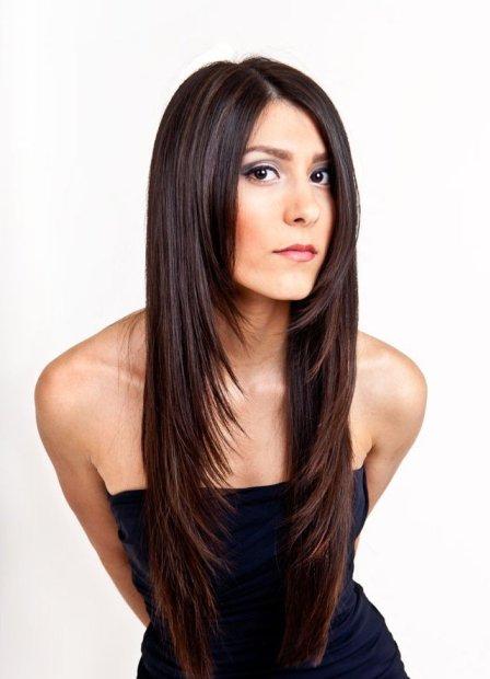 каскад на средние челкой волосы фото