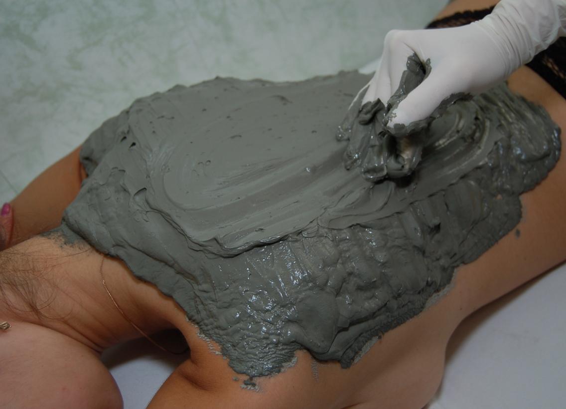 Синяя глина приминение для лечения суставов выкручивают суставы при беременности