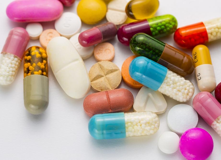 Можно ли вместе принимать противовирусные и антибиотики