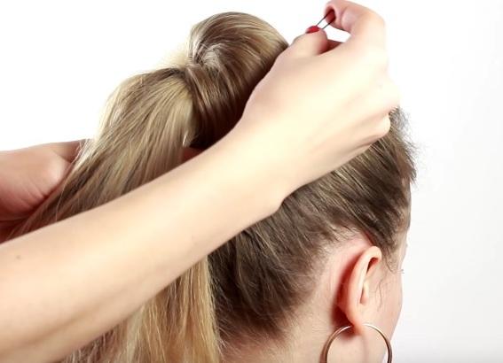 прически для тонких редких волос своими руками 6