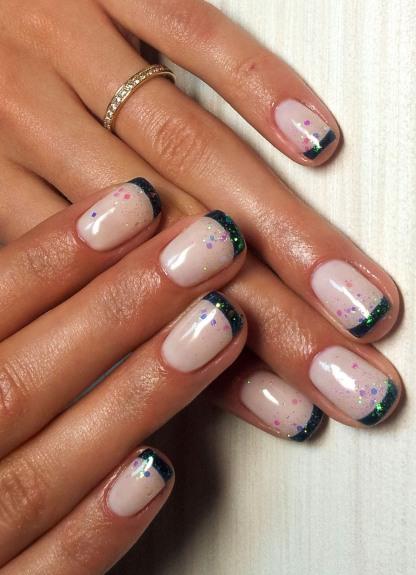 Элегантный маникюр на коротких ногтях