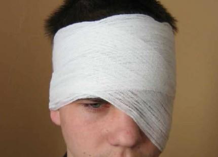 Как сделать повязку на глаз 436