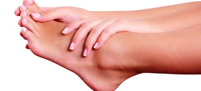 Какие могут быть проявления ревматизма на ноге