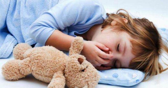Признаки отравления едой у ребенка
