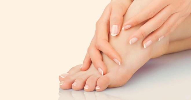 Капли от грибка ногтей: правила выбора, названия, применение средств при онихомикозе ногтевых пластин на ногах