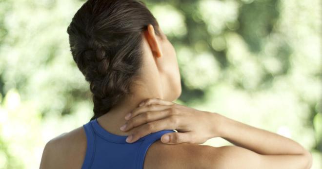 Хруст в шее при поворотах, наклонах головы – причины