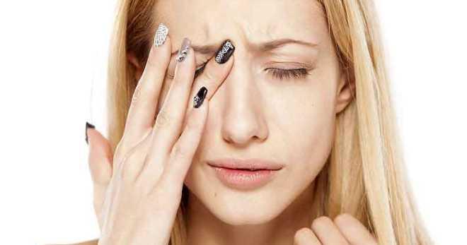 Дергается глаз, нервный тик – причины, почему дергается глаз и что ...