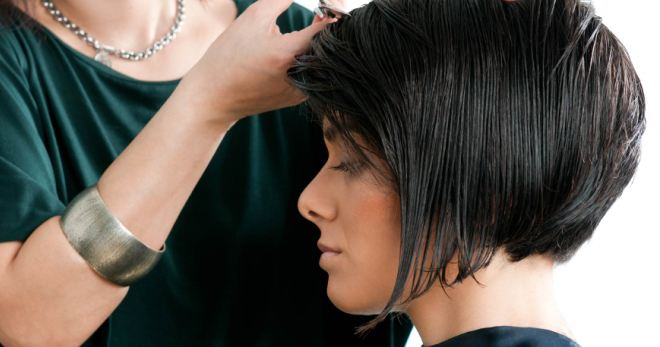 Стрижка боб на средние волосы – 50 фото-примеров любимого тренда