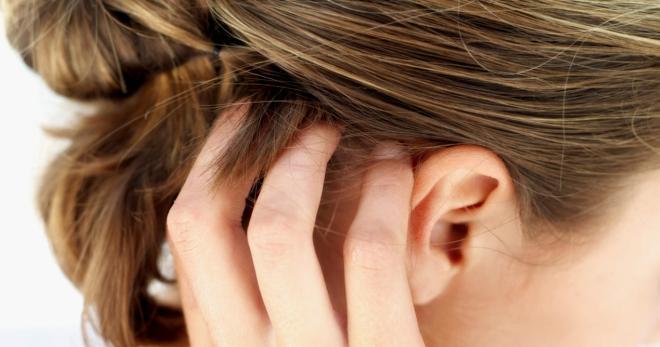 Болят корни волос на голове причины