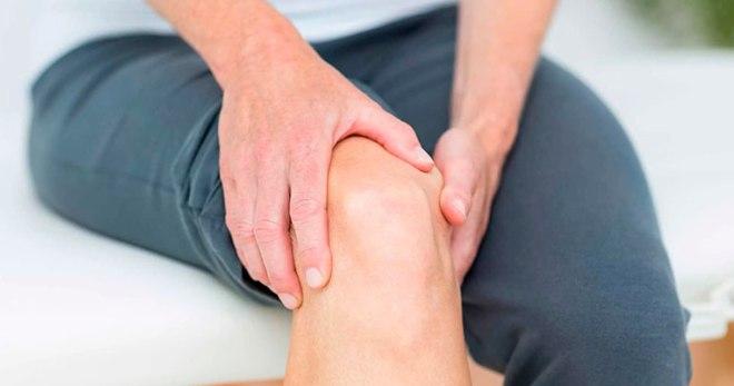 Болит колено при ходьбе на каблуках травы для детских суставов дисплазия
