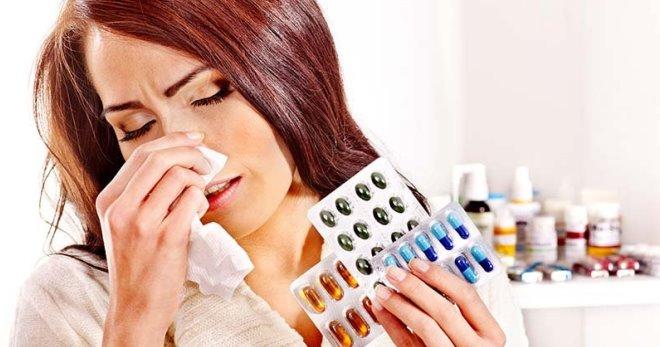 Таблетки от аллергии – виды, обзор и рейтинг лучших препаратов