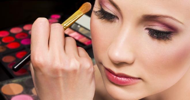 Профессиональная косметика для лица – лучшие бренды для неповторимого макияжа
