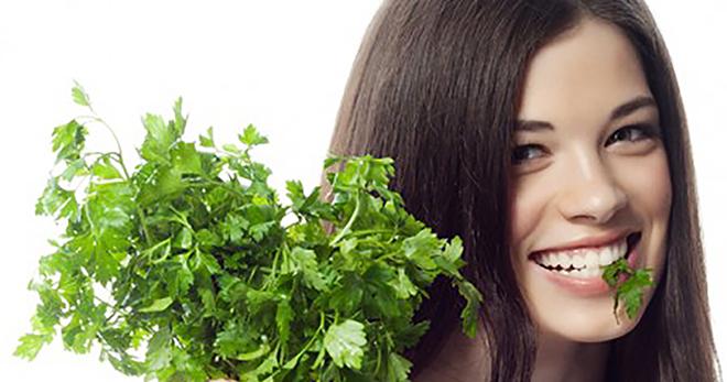 Маска из петрушки для лица – 6 эффективных рецептов