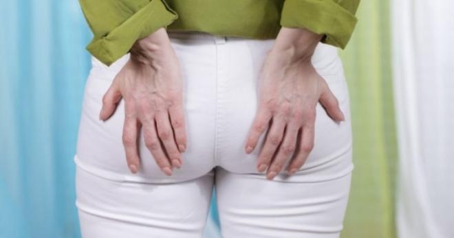 Кровь из заднего прохода без боли – Кровотечение из заднего прохода при стуле без боли, причины, как лечить