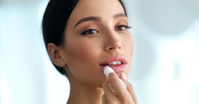 Как увеличить губы в домашних условиях с помощью простых и быстрых методов?