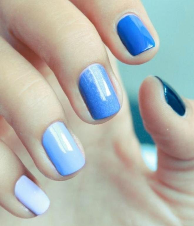 monofonisk manicure på kort negle gel lak 1