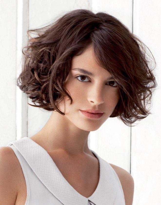 стрижка каре на вьющиеся волосы 3