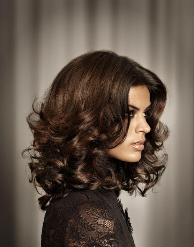 стрижка каскад на вьющиеся волосы 1