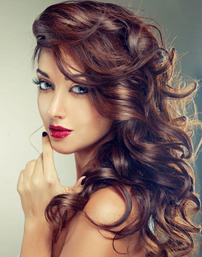 стрижки на длинные вьющиеся волосы 2