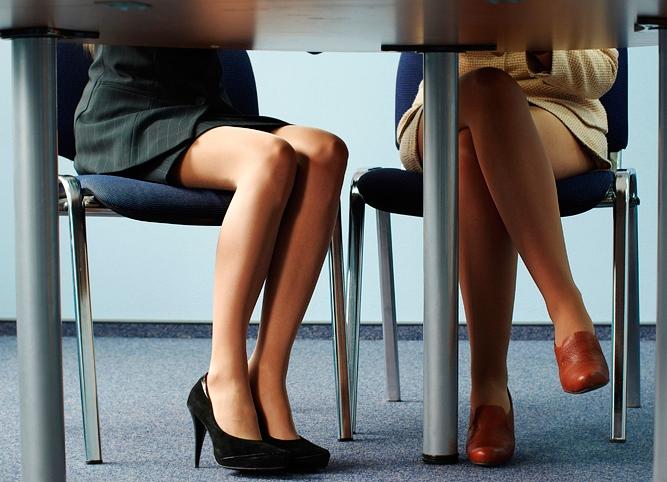столом колготки под женщины в