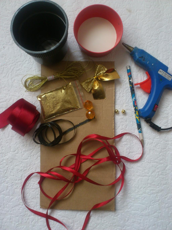 Мастер класс своими руками из елочных игрушек фото 594