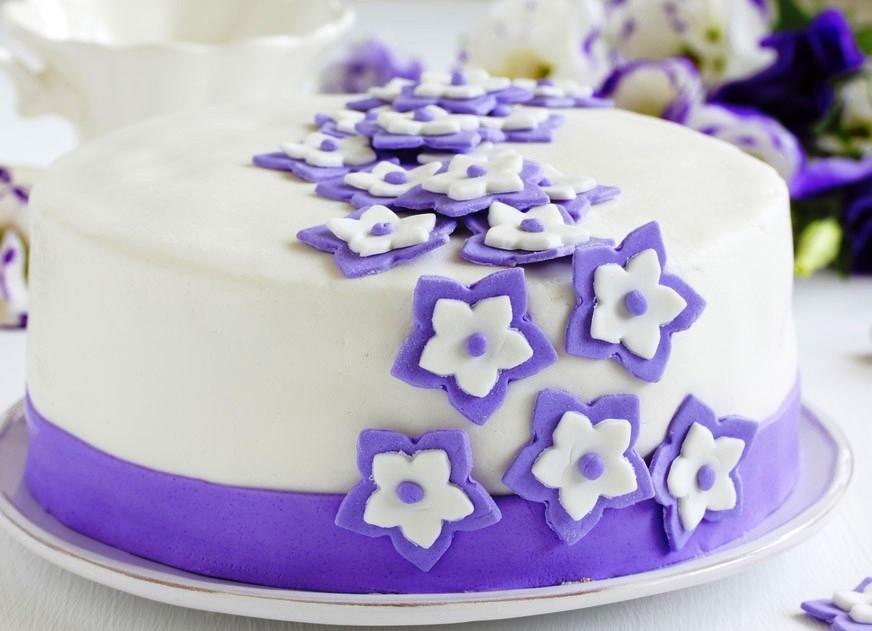 Торт украшен мастикой фото