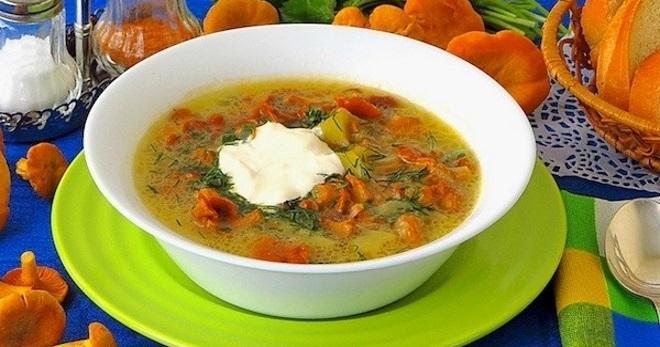 Суп с лисичками – 5 ароматных рецептов