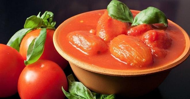 Помидоры в томатной пасте с чесноком рецепт с фото пошагово