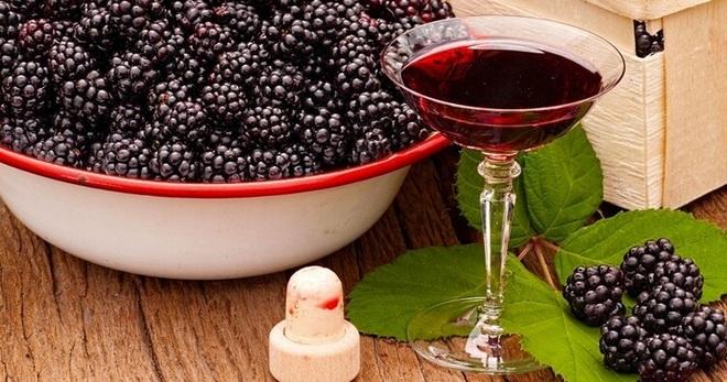Ежевичное вино - самые простые рецепты изготовления ягодного алкогольного напитка