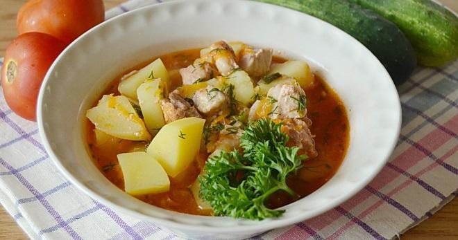 Блюда из тушенки и грибов