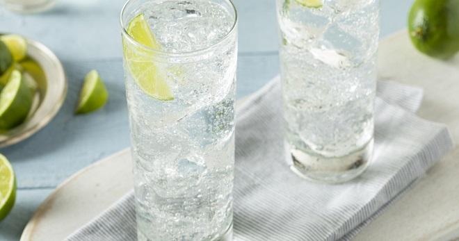 Содовая вода - что это такое, как пить и оригинальное применение напитка
