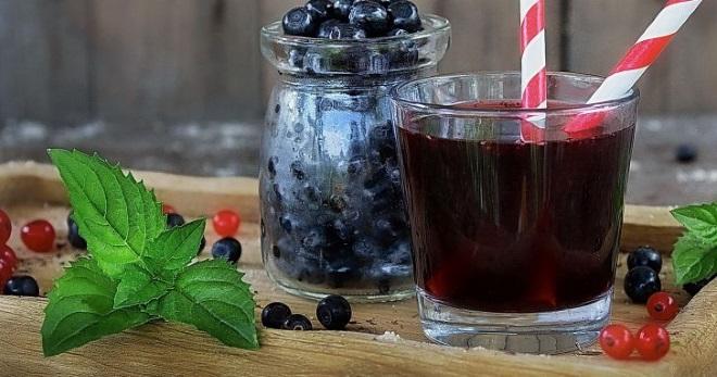 Компот из черники на зиму - самые вкусные рецепты полезного витаминного напитка