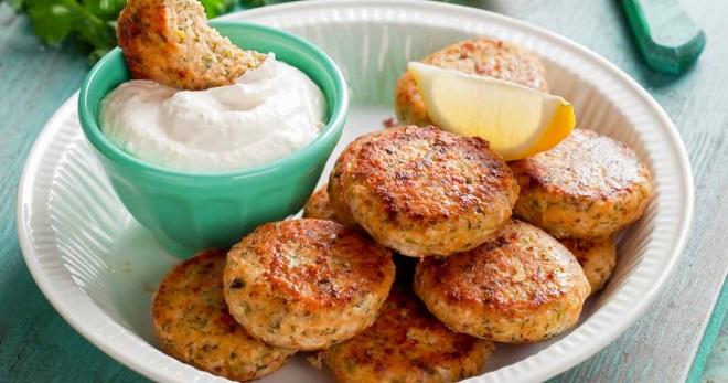 Котлеты из минтая – лучшие рецепты простого блюда для всей семьи!