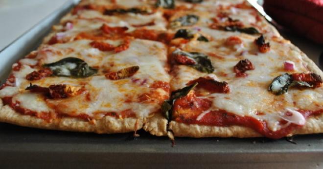 Очень вкусное дрожжевое тесто для пиццы с простыми, понятными рецептами