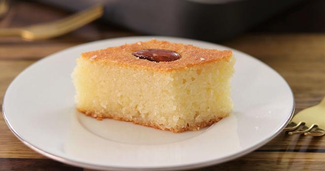 Пышный манник на кефире - лучшие рецепты самого вкусного пирога