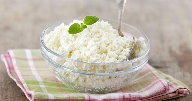 Что можно сделать из творога по простым и вкусным рецептам?
