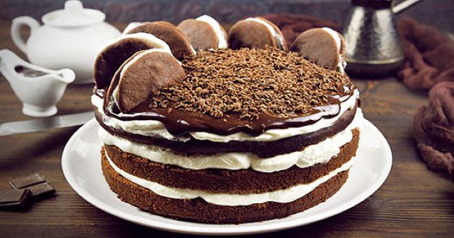 Пышный и простой шоколадный бисквит для торта - удачные рецепты мягких коржей