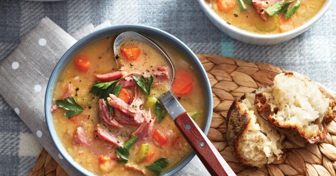 Суп с копченостями - очень вкусное, ароматное и сытное блюдо
