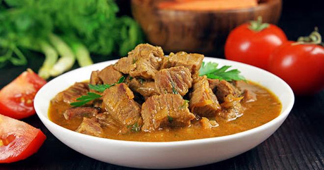 Как приготовить гуляш из говядины по новым и оригинальным рецептам?