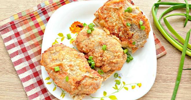 Сочные отбивные из свинины на сковороде по самым вкусным рецептам
